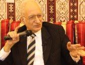 جامعة طنطا تكرم محمود فهمى حجازى فى الاحتفال باليوم العالمى للغة العربية