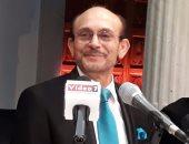 محمد صبحى: أتمنى الوقوف على خشبة المسرح البلدى بتونس مرة أخرى