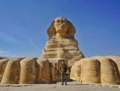 """الصحافة البريطانية تسلط الضوء على اكتشاف تمثال """"أبو الهول"""" الجديد فى مصر"""