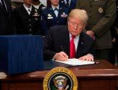 """""""ترامب"""" يوقع مرسوما يعاقب التدخل الأجنبى فى الانتخابات الأميركية"""
