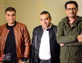 """صور.. أحمد عيد وآيتن عامر وكواليس تصوير أفيش فيلم """"خلاويص"""""""