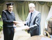 محافظ جنوب سيناء يكرم مديرى إدارة المرور والحماية المدنية