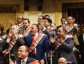 """نواب البرلمان يرتدون وشاح """"القدس عربية"""" تحديا لقرار ترامب"""