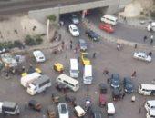 قارئة تطالب بإزالة المواقف العشوائية فى كوبرى المندرة بالإسكندرية