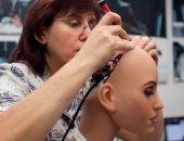 علماء يدربون الروبوتات على احترام المساحة الشخصية للبشر