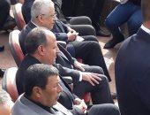 صور .. وزير التعليم يكرم طلاب التربية الفكرية ويؤكد: نفخر بكم