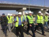 صور.. وزير الرى يتفقد مشروع قناطر أسيوط الجديدة ومحطتها الكهرومائية