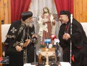 البابا تواضروس مهنأ بطريرك الكاثوليك: مجيئ المسيح فرح ومحبة