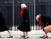 صور.. أحذية رئيسة وزراء بريطانيا بين الأناقة وتحدى البروتوكولات الرسمية