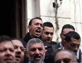 المحامون المتظاهرون يتابعون تنفيذ بطلان قرارات النقابة بإدارة شؤون القيد (صور)
