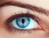 اسباب احمرار العين أهمها قلة النوم والتلفزيون