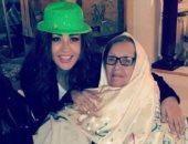لطيفة تحتفل بالعام الجديد مع والدتها: أمى هى الكنز الحقيقى فى حياتى