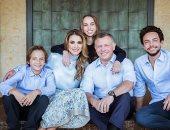 جمال ملائكي لا يعرف مرور الزمان في عيد ميلاد الملكة رانيا