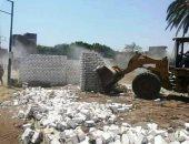 إزالة 10حالات تعدٍ على الأراضى الزارعية فى حملة مكبرة بسوهاج