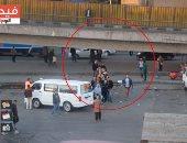 """فيديو.. """"حاجة تفرح"""".. طابور حضارى بميدان التحرير لركوب الميكروباص"""