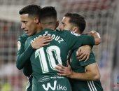 فيديو.. ريال بيتيس يصدم ريال مدريد ويتقدم 2 - 1 بعد 38 دقيقة
