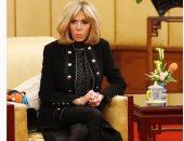 إيلى صعب ينشر صور لسيدة فرنسا الأولى فى إطلالة من تصميمه فى زيارتها للصين