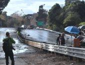 صور.. قوات الإنقاذ الأمريكية تبحث عن مفقودين بعد فيضانات كاليفورنيا