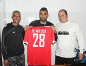 رسميا.. الأوليمبى يتعاقد مع محمود فتحى لتدعيم فريق الكرة