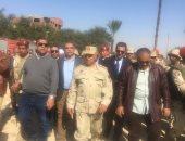 """فيديو وصور.. كامل الوزير لـ""""أهالي أسيوط"""" : كل من له حق سوف يأخذه"""