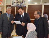 صور .. رئيس جامعة المنوفية ونائباه في جولة تفقدية للامتحانات
