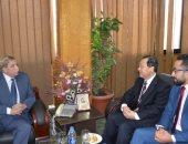 محافظ الإسماعيلية ورئيس ولاية صينية يناقشان إقامة مشروعات إستثمارية وتنموية