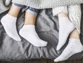 ما فوائد وأضرار ارتداء الجوارب أثناء النوم بفصل الشتاء ؟