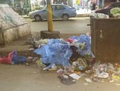 صور.. انتشار القمامة والمخلفات الطبية بميدان القومية فى الزقازيق