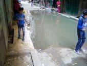 مياه الصرف الصحى تجتاح شوارع منطقة النوار فى القليوبية