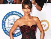 تعرف على النجمة صاحبة أكثر فستان ملفت بحفل NAACP Image Awards