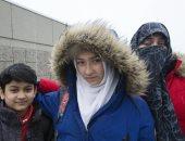 بعد إدعاء طالبة تمزيق رجل لحجابها فى كندا.. كاتب يدعو لحظر النقاب