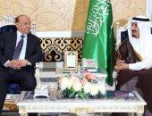 ولى العهد السعودى للرئيس اليمنى: المملكة تدعم القيادة الشرعية