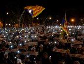 صور.. تظاهرات فى كتالونيا تطالب بالإفراج عن مسئولى الإقليم