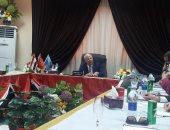 محافظ بورسعيد يبحث سبل تطبيق الجودة فى القطاعات الخدمية