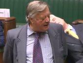ننشر فيديو نوم عضو بالبرلمان البريطانى أثناء مناقشة البريكست