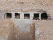 الآثار تكتشف مقبرة منحوتة فى الصخر من القرن الأول الميلادى فى العلمين