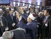 أمين مؤتمر نصرة القدس: استخدام البندقية بديلا للكلمة تصرف خاطيء