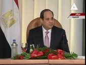 """السيسي يبحث مع رئيس """"سيمنز الألمانية"""" مشروعات الشركة فى مصر"""