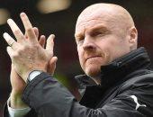 مدرب بيرنلي يتوقع نتائج غريبة عند استئناف الدوري الانجليزي