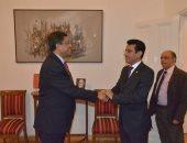 سفير صنعاء بالقاهرة يبحث مع نظيره الهندى إجراءات علاج اليمنيين فى نيودلهى