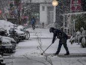 لأول مرة منذ 4 أعوام.. تساقط كثيف للثلوج بطوكيو وإلغاء رحلات الطيران