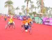 """فيديو وصور.. ملحمة 24 بطلا من """"متحدى الإعاقة"""" بماراثون زايد الخيرى بالأقصر"""