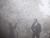 صور.. عواصف ثلجية تجتاح أوروبا وفيضانات تغرق شوارع فرنسا