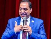 النائب حسنى حافظ يطالب وزير الرياضة بإنشاء مكتبة للطفل داخل مراكز الشباب