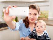 """دراسة: 60% من المراهقين غير راضين عن شكلهم والـ """"الإنفلونسرز"""" السبب"""