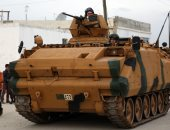 انقلاب مدرعة عسكرية تركية فى نهر الفرات وفقدان اثنين
