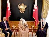 ملك البحرين يستقبل عبدالعال ووفد البرلمان.. ويؤكد: على العرب التوحد خلف مصر