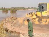 السيطرة على زيادة منسوب مياه الصرف الزراعى ببركة القلمون بالداخلة