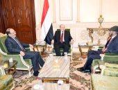 الأخ غير الشقيق لعلى عبد الله صالح يلتقى عبد ربه منصور فى الرياض