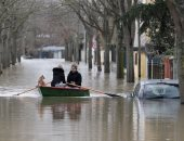 حاكم نيويورك يعلن الطوارىء جراء السيول والفيضانات العارمة